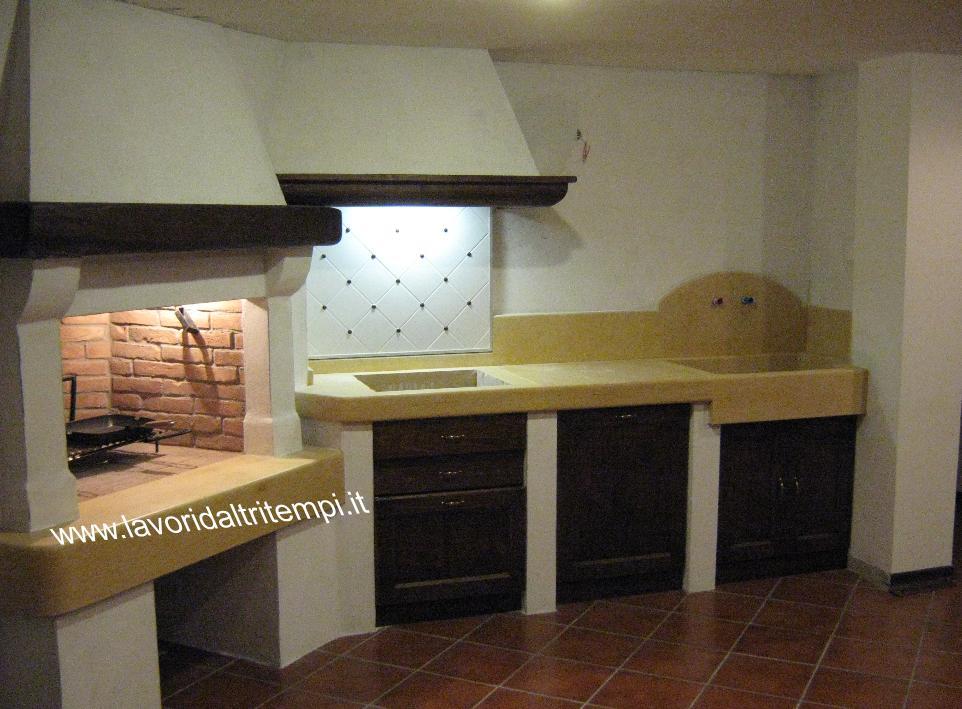 Caminetto cottura con cucina in muratura spazzacamino caminetti su misura canne fumarie padova - Cucine con camino ...