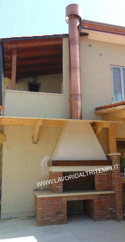 Caminetto barbecue da esterno da cottura sotto portico spazzacamino caminetti su misura canne - Camino da esterno ...